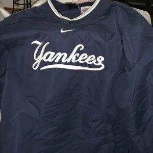 Kids Yankee Nike jersey rain proof -size L